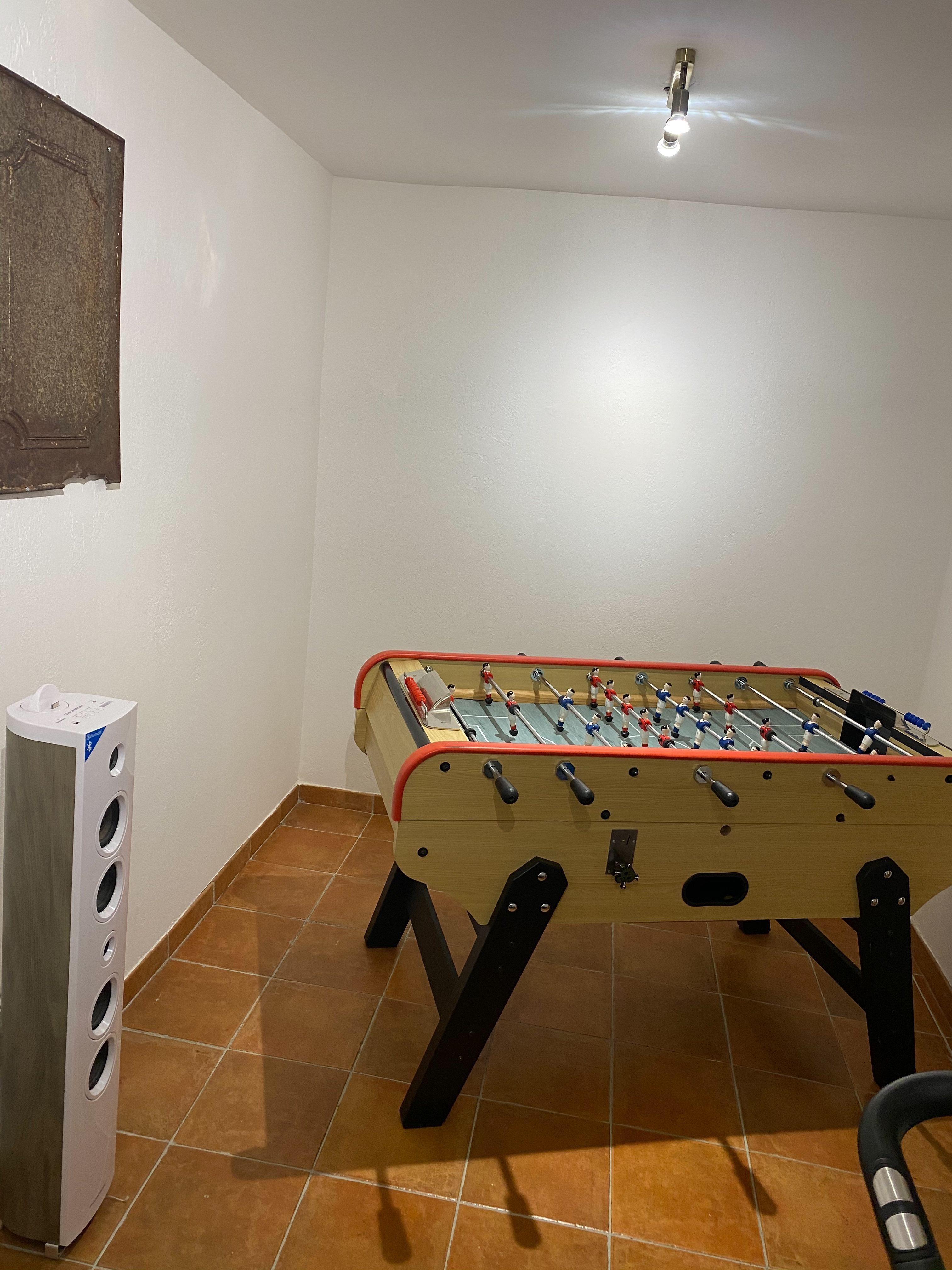 Baby foot maison à louer vacances dans le Luberon